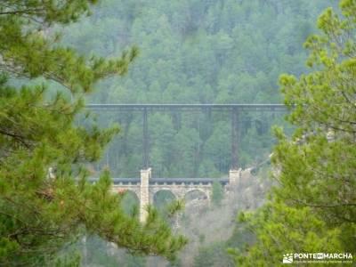Nacimiento Río Cuervo;Las Majadas;Cuenca;pico ocejon villuercas serrada de la fuente parque natural